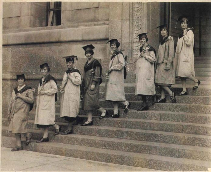Dorothy H. Dudley (fourth from left), who would later lead registration standardization efforts, gradutes from the Newark Museum's apprentice program in 1925.