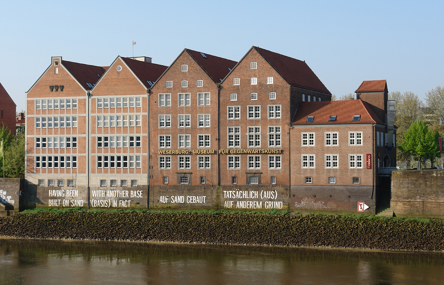 The Weserburg Musseum, Bremen. Photo by Jürgen Howaldt - Self-photographed, CC BY-SA 3.0 de, https://commons.wikimedia.org/w/index.php?curid=6616613